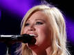 Kelly Clarkson: 'Pregnancy is horrible'