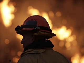 Firefighters put out house fire in record time