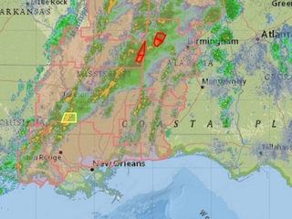 Tornadoes reported in Mississippi and Alabama