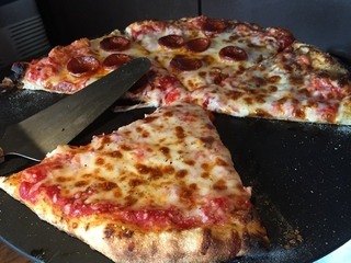 Great pizza and wings deals on Super Sunday