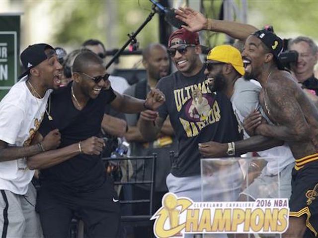 LeBron's hometown Akron celebrates his NBA title with Cavs
