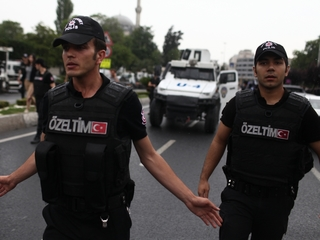 13 people detained over Istanbul attack