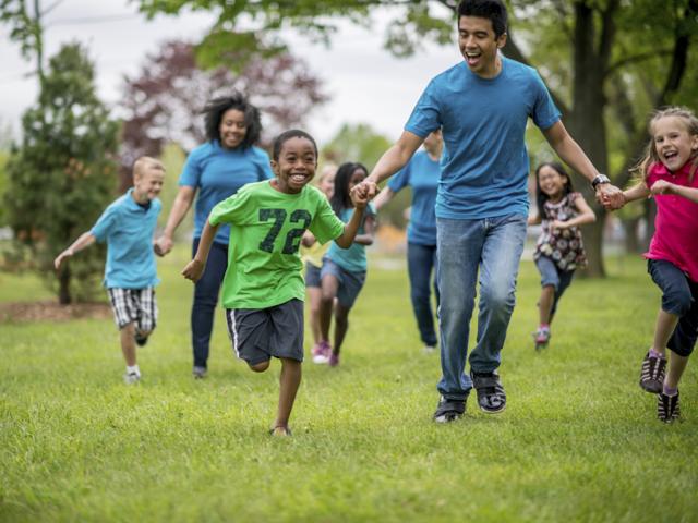 Website Helps Parents Find San Diego Summer Programs For