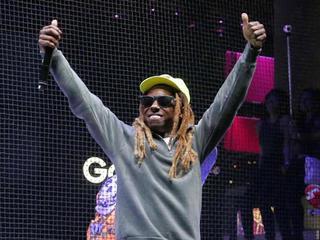 Lil Wayne cuts concert short