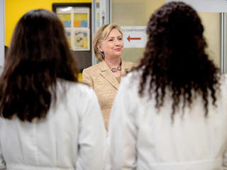 Zika fund proposed by Clinton as virus spreads