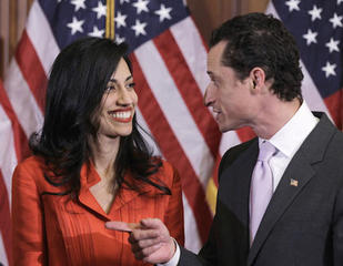 Anthony Weiner's wife leaving him after scandal