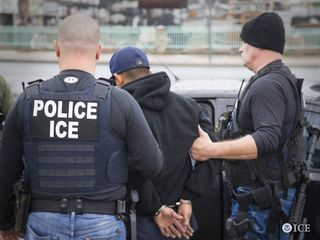 ICE agent arrested for allowing entry into U.S.