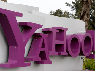 Yahoo issues new security warning to users