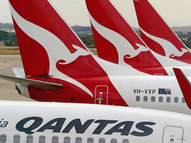Dublin-born Qantas chief hit with pie in Australia