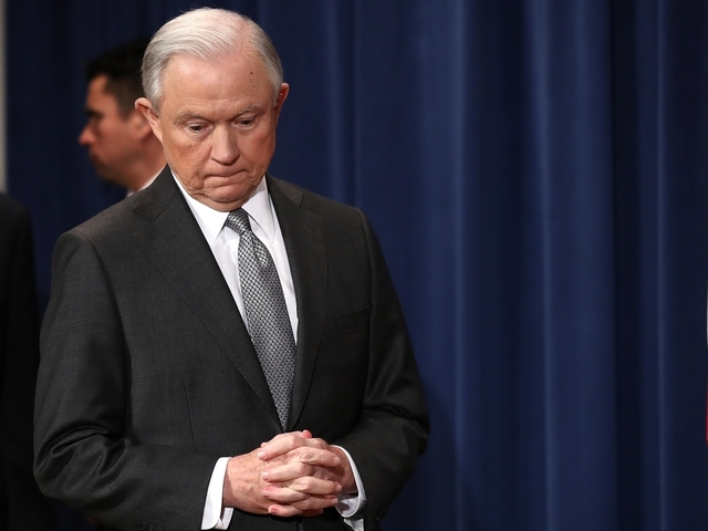 AG Jeff Sessions' testimony will be public, Senate committee says