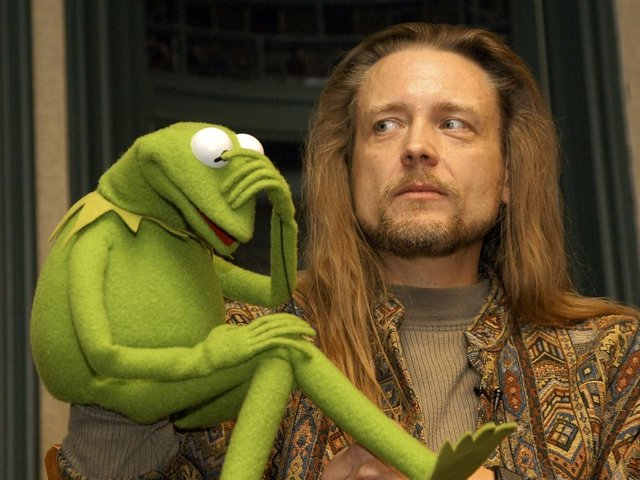 The New Voice Of Kermit The Frog Makes His Debut
