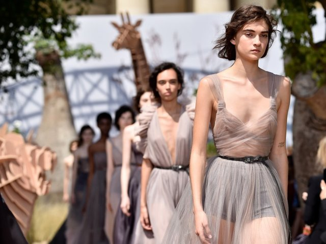 French fashion giants ban ultra-thin catwalk models