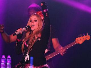 Lavigne rated 'most dangerous celebrity' online