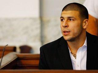 Aaron Hernandez had CTE, fiancee suing NFL