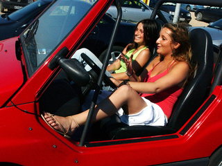 Study: Teens drive better with Mom in car