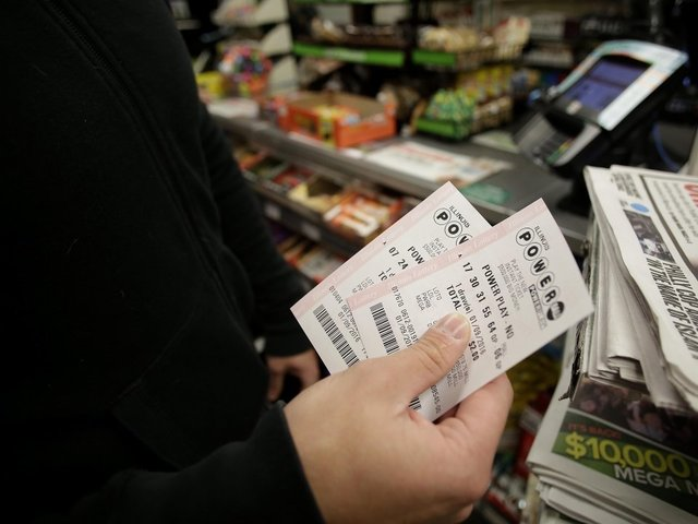 Powerball jackpot hits $384 million for Saturday drawing