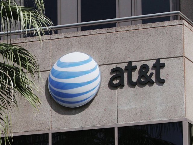 Some AT&T customers experiencing network outage