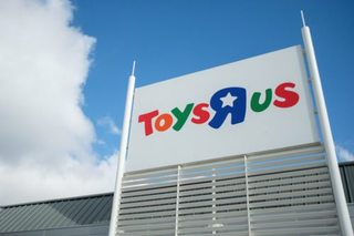 Bankrupt Toys R Us can pay execs $16M in bonuses
