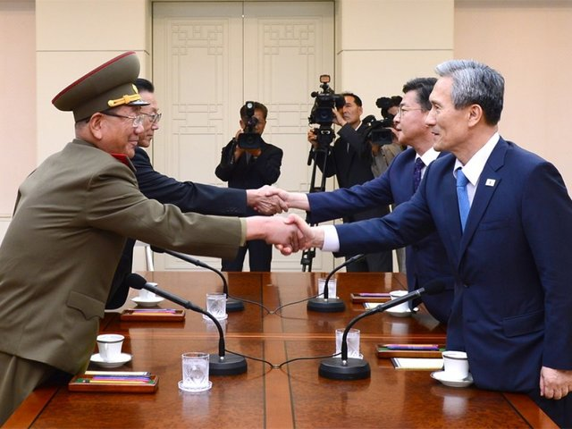 Korea seeks to discuss divided families, easing tensions at inter-Korean talks