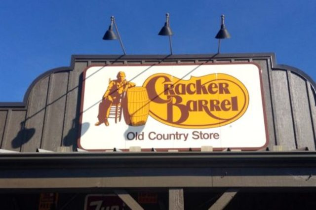 Cracker Barrel opens first California store