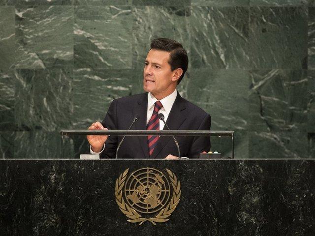 President Trump, Mexican President Nieto shelve White House meeting