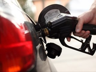Check gas prices around San Diego County
