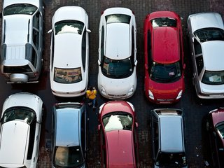 Car manufacturers tackle hot car deaths