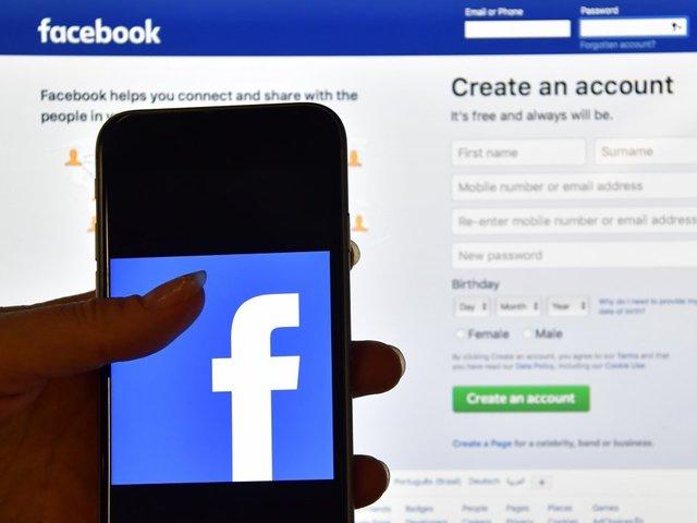 Facebook bans falsehoods about voting